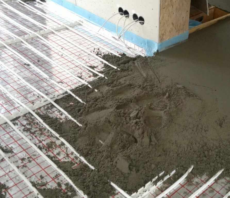 Теплый пол на цементной стяжке