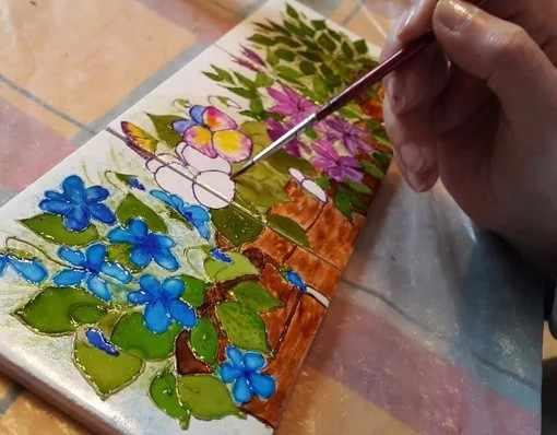 Витражная краска на плитке