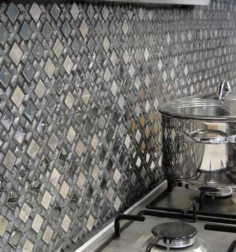 Каменная мозаика на фартуке