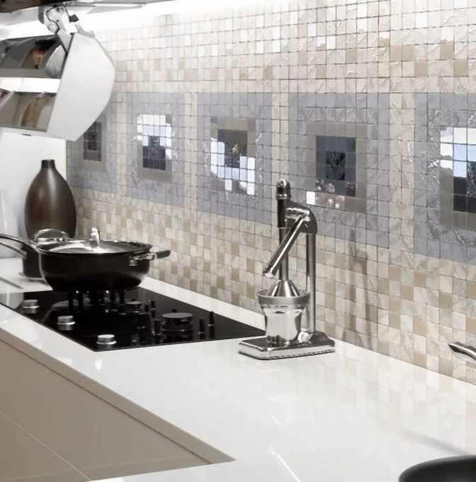 Моечная зона на кухне из мозаики