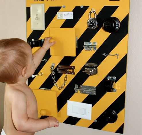 Бизиборды - развивающие доски для детей.