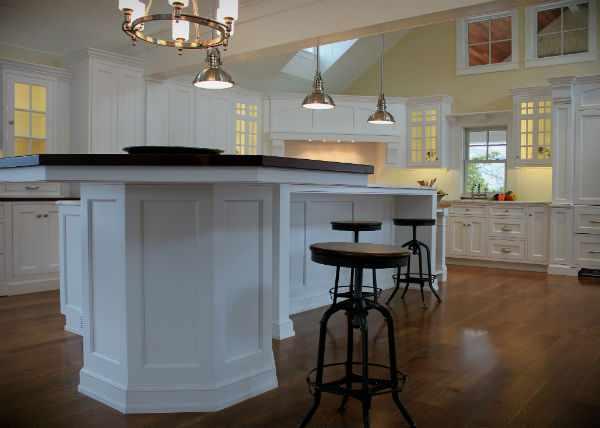 Кухонный островок, фото.