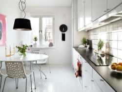 Интерьер кухни в скандинавском стиле.