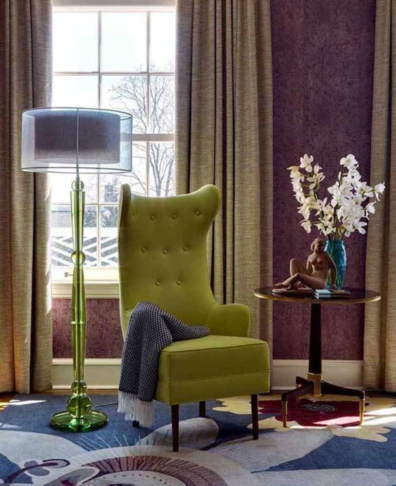 Торшер и кресло