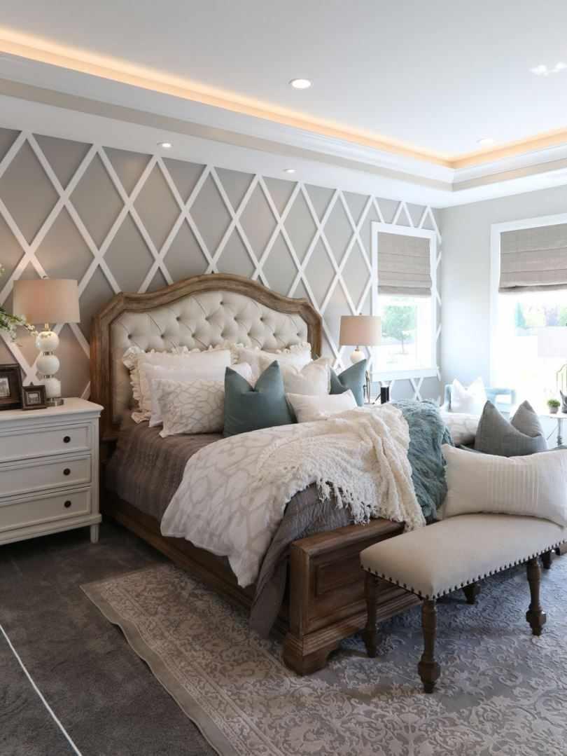 Современный французский интерьер спальни
