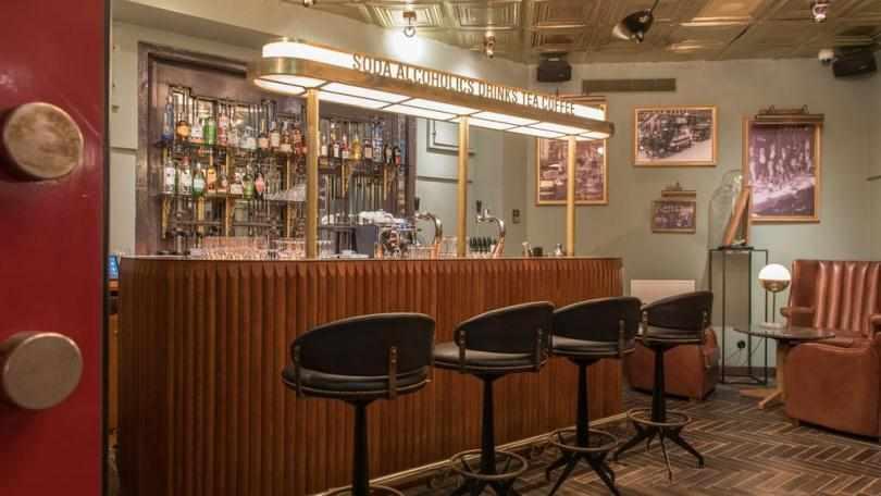 Подпольный бар в отеле Indigo