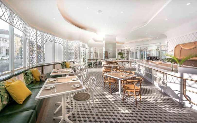 Ресторан отеля Prestige