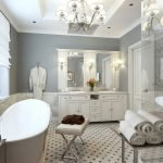 Сочетание серых стен и светлой мебели