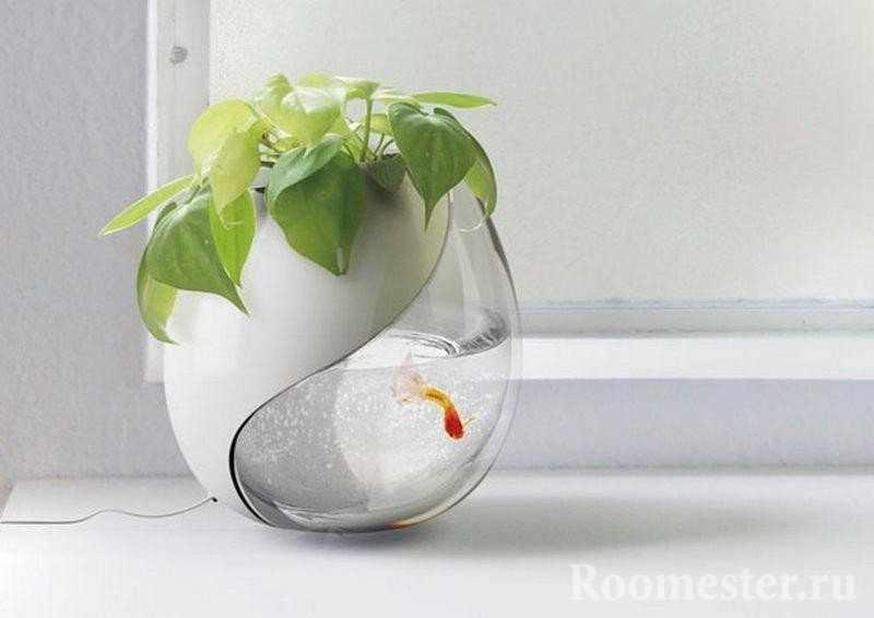 Аквариум с цветочным горшком