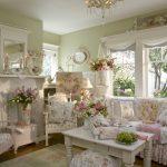 Гостиная в стиле прованс с белой мебелью