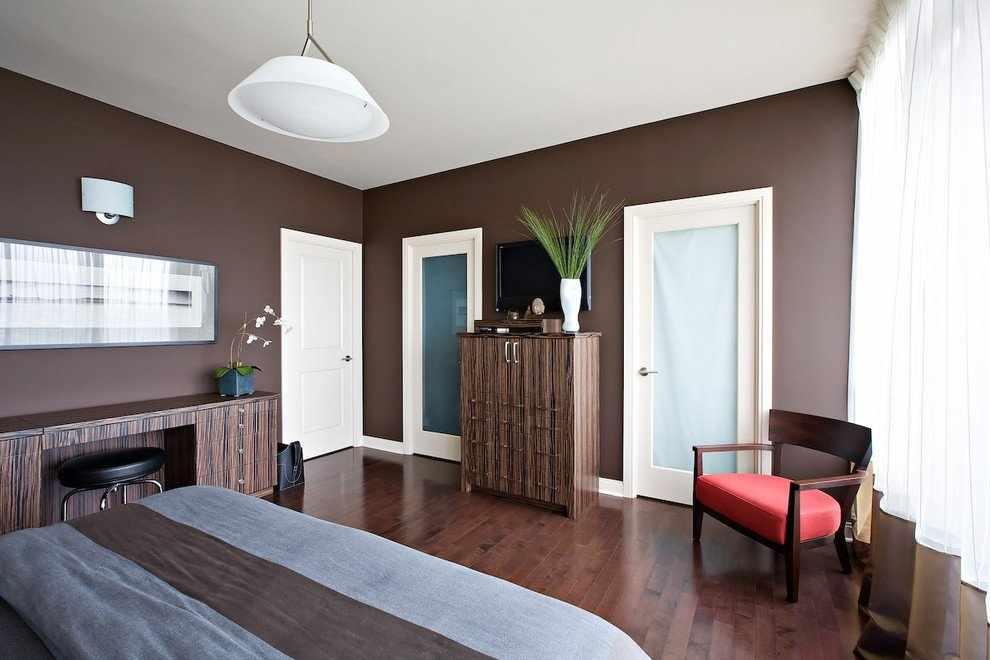 Стены цвета кофе в современной спальне