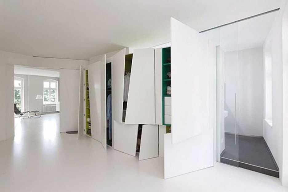 Белые двери в стиле хай-тек