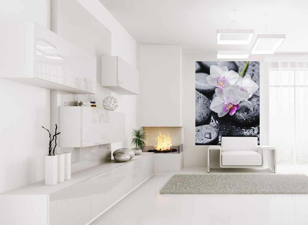 Интерьер в стиле хай-тек с белыми стенами