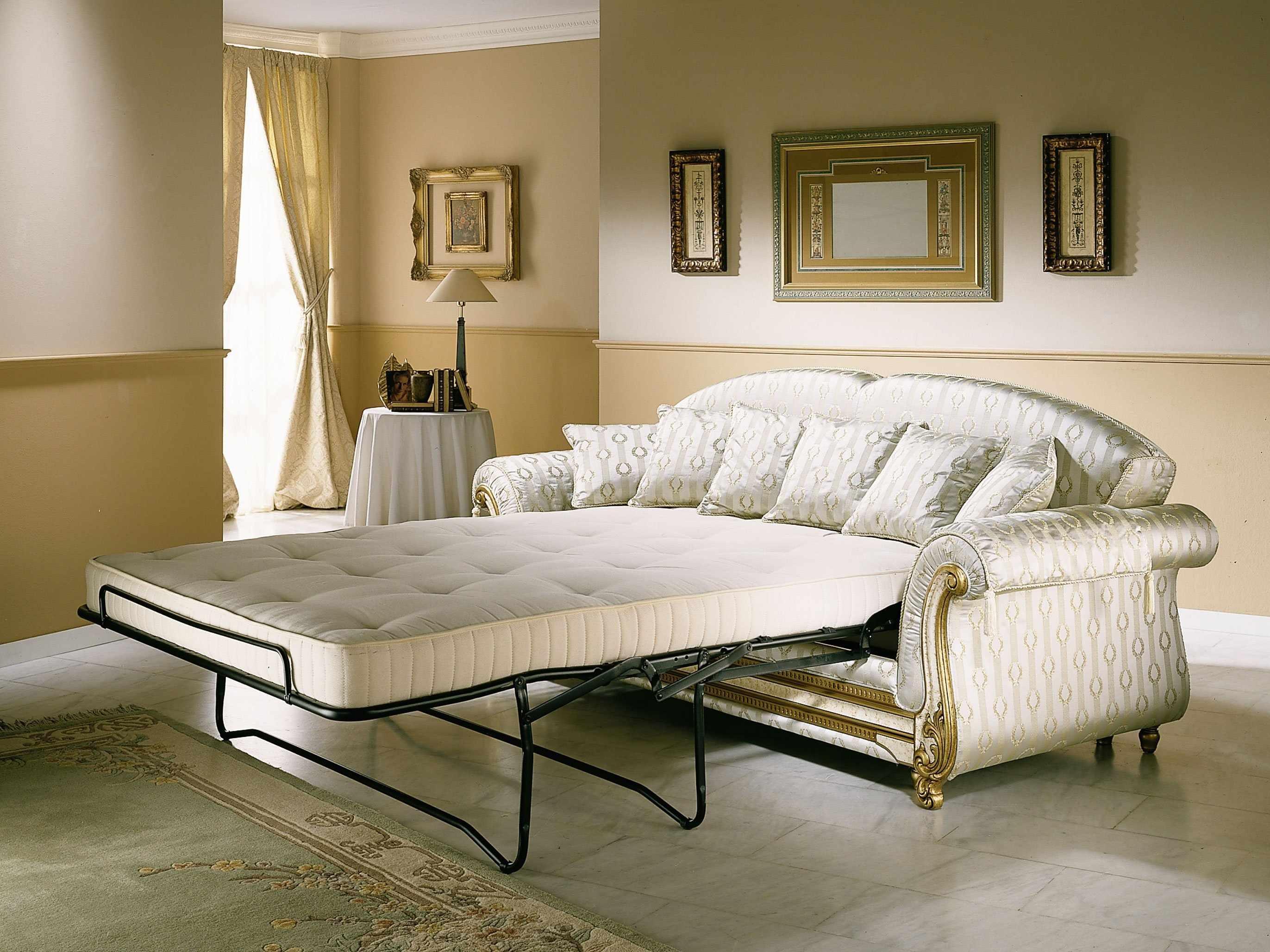 Белый раскладной диван для спальни