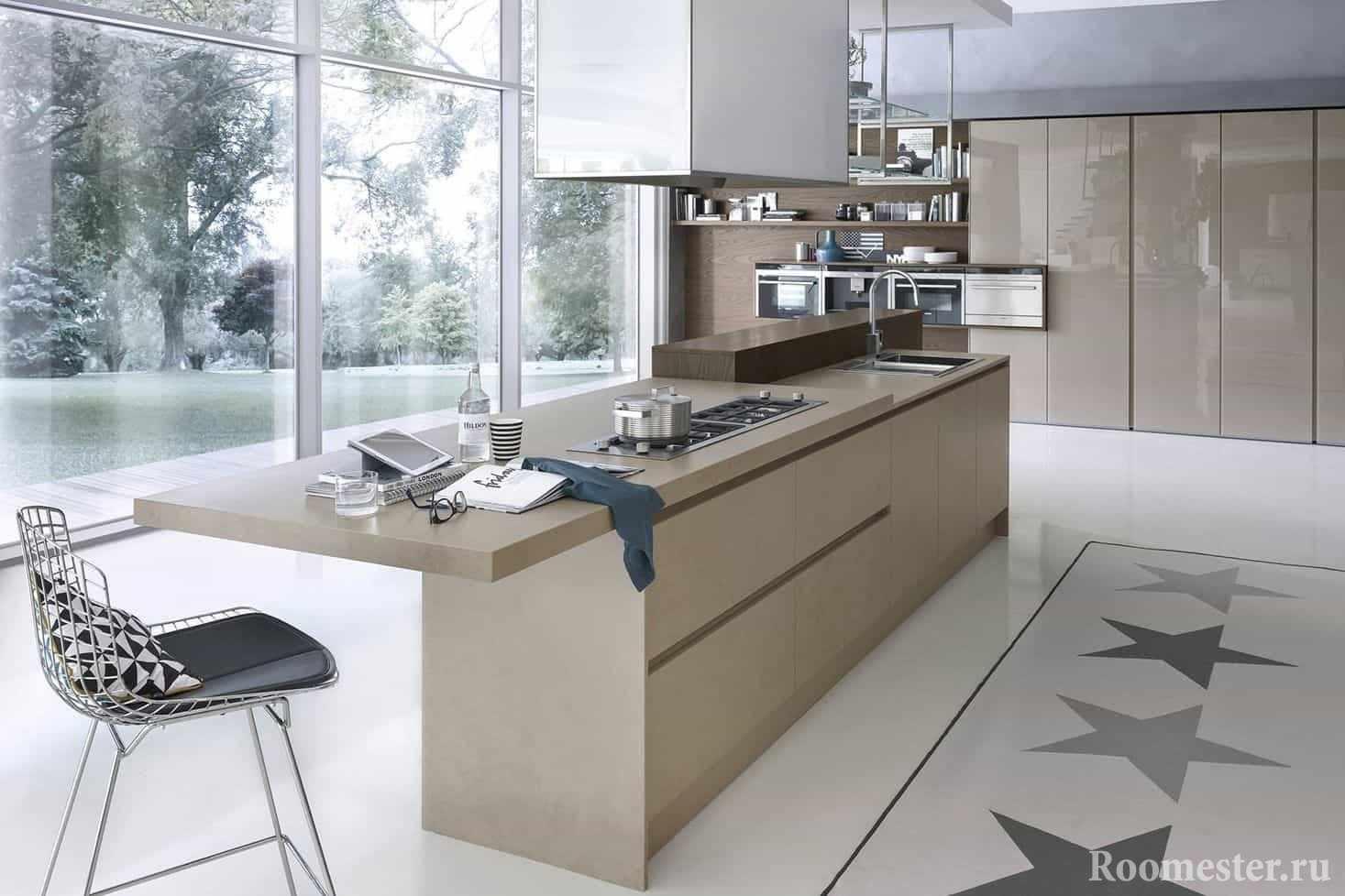 Кухня с большим панорамным окном и островом