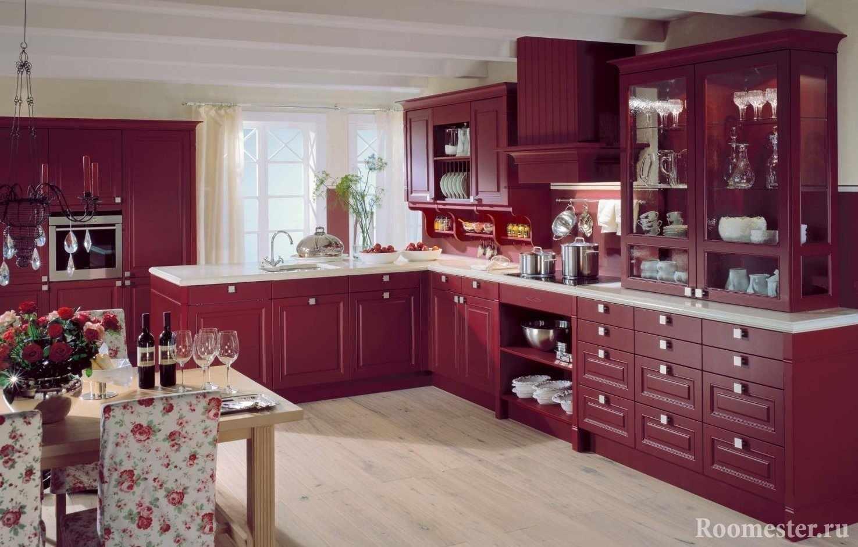 Кухонная мебель в бордовом цвете