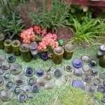 Грядки из стеклянных бутылок своими руками