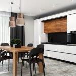 Черно-белая кухня с коричневым столом
