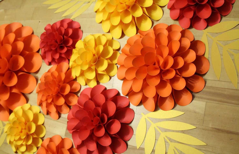Осенние цветы из бумаги