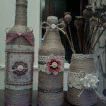 Вазочка и бутылки с декором