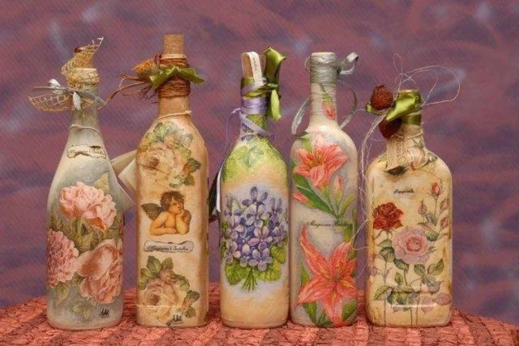 Варианты декупажа бутылок
