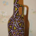 Точечный узор на бутылке