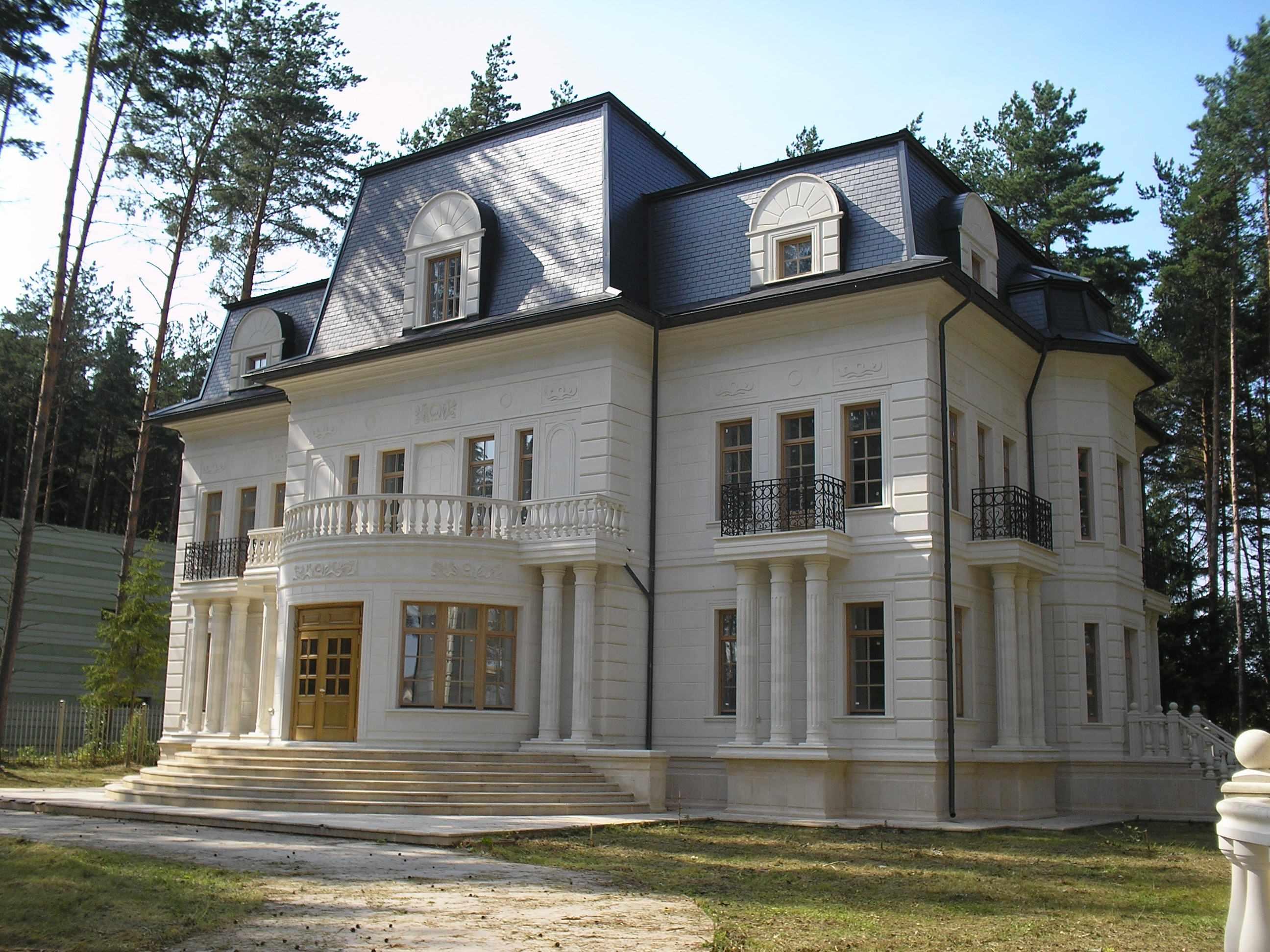 Классический фасад