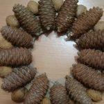 Клеим орехи