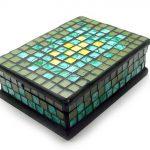 Шкатулка с цветной мозаикой