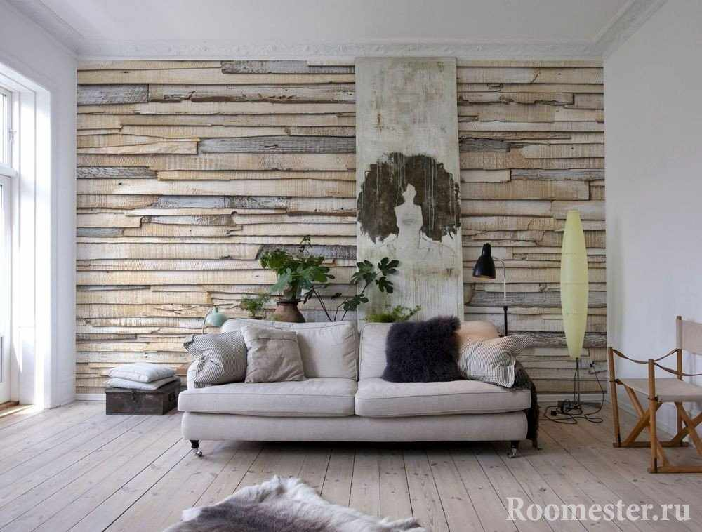 Декор стены деревянными досками