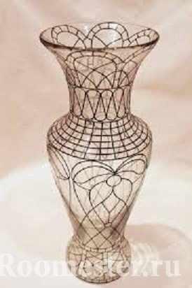 Контур на вазе