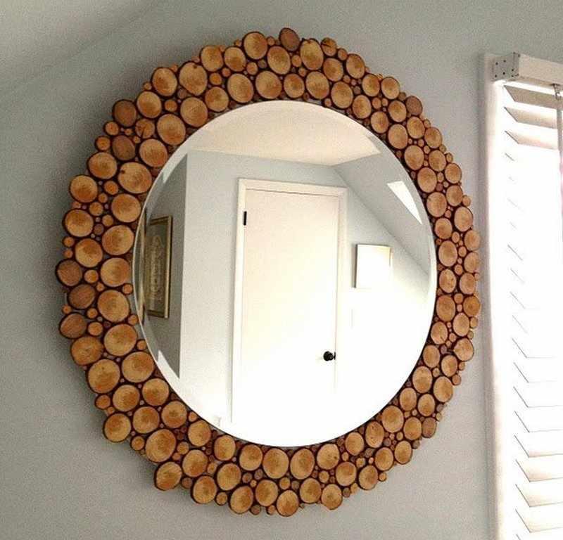 Декор зеркала деревом