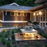 Освещение на заднем дворе