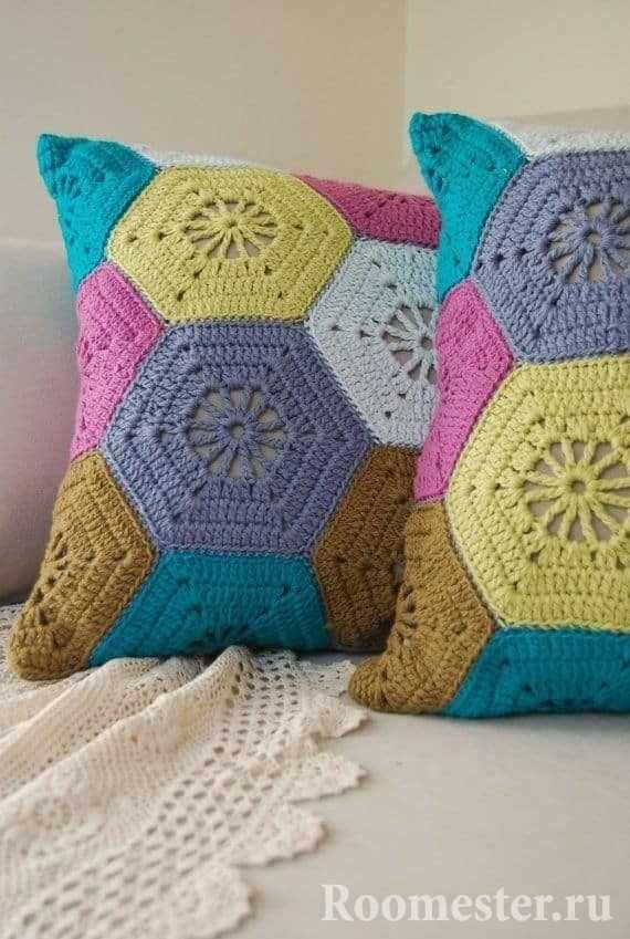 Декоративные вязанные наволочки для подушек
