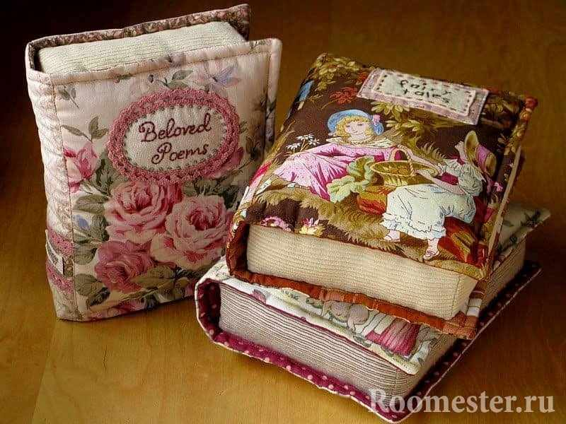 Подушки-книжки декоративные