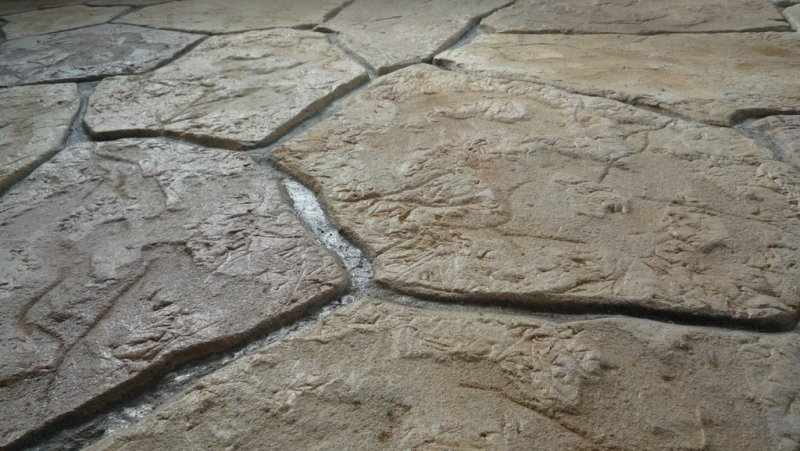 Камень из цемента