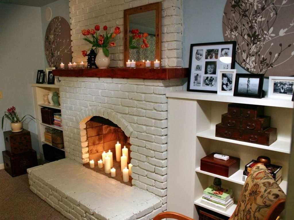 Интерьер с декоративным камином
