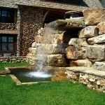 Водопад перед домом