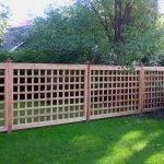 Забор-решетка из дерева