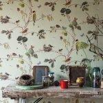 Птицы на стене