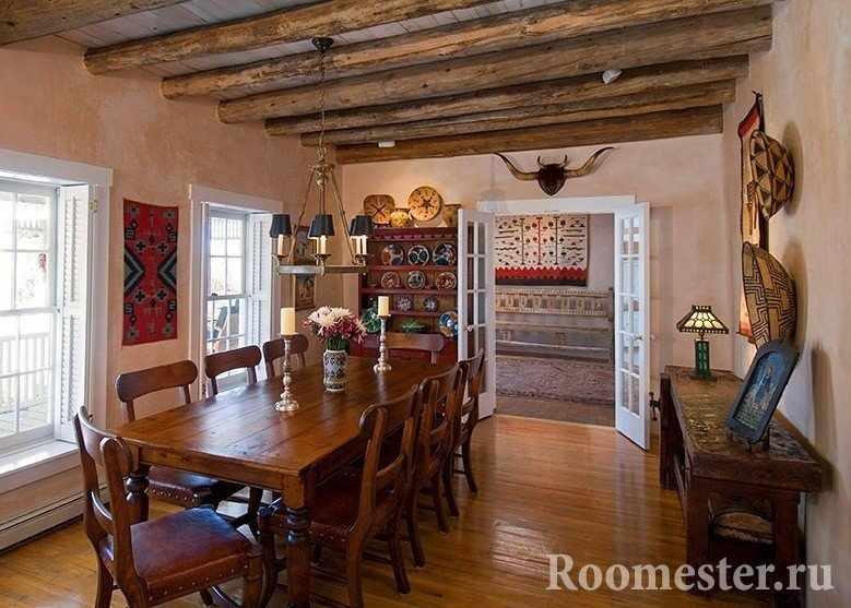Потолок из деревянных балок