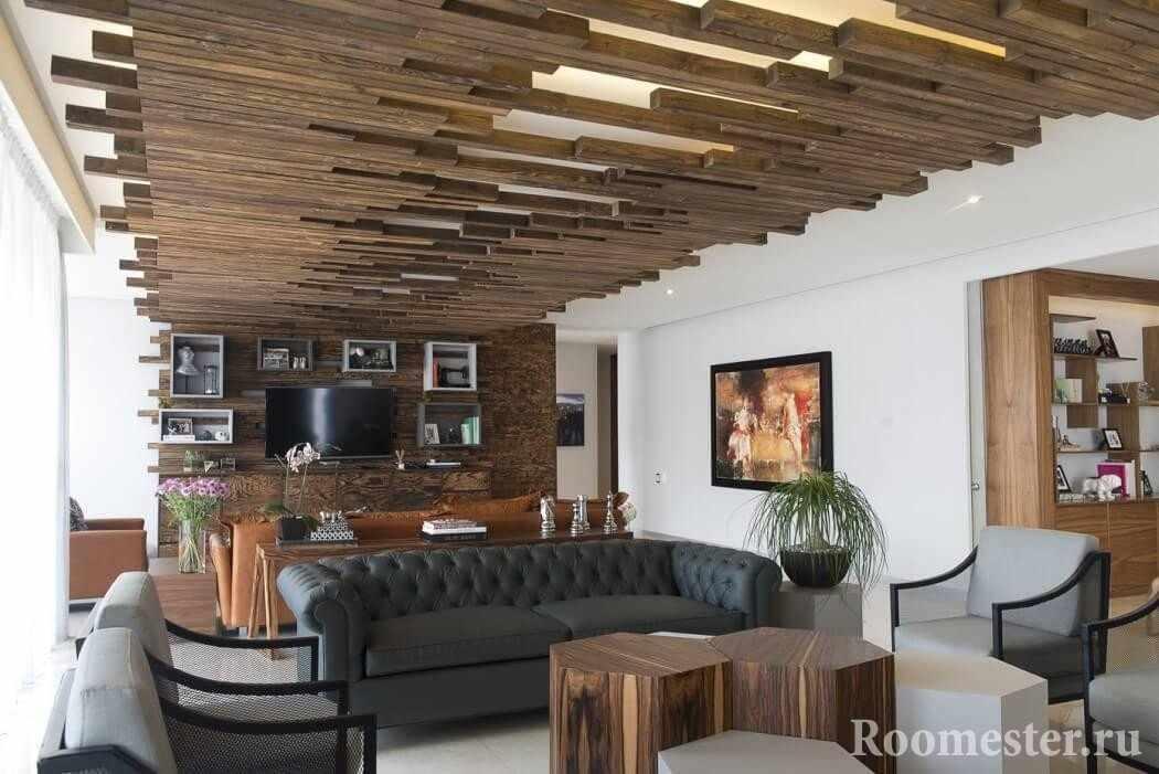 Подвесной потолок из бруса