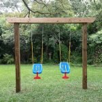 Пластиковые качели для детской площадки