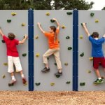 Горки для скалолазания на детской площадке