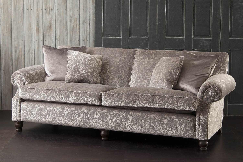 Шениловая обивка дивана