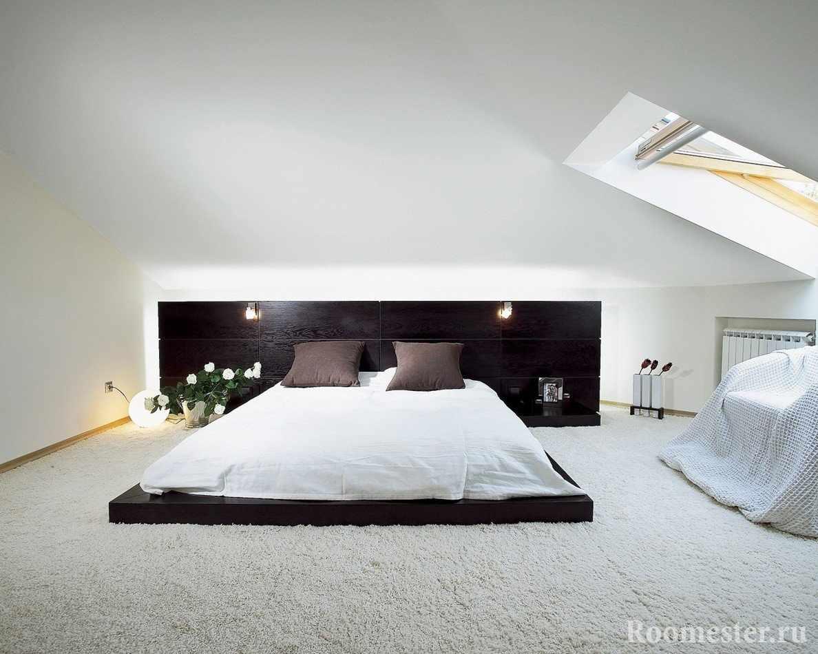 Необычная кровать в спальне