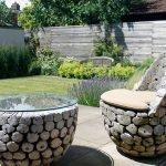 Столик и кресла из дров