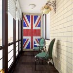 Флаг в интерьере балкона