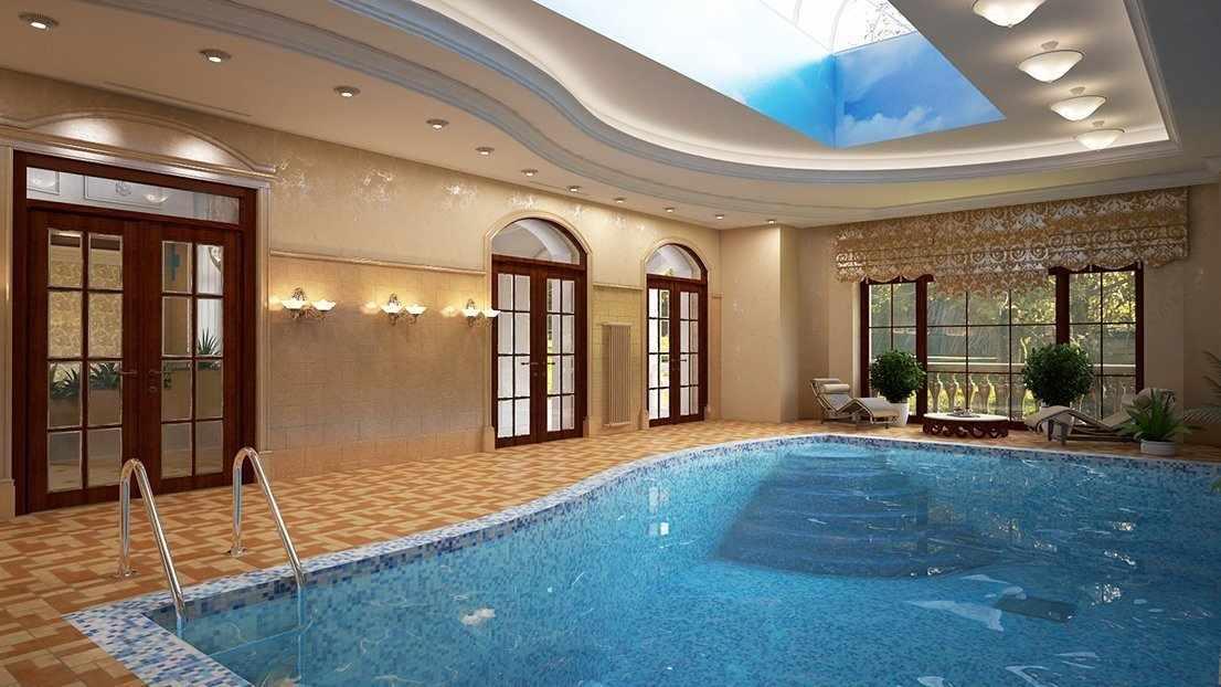 Глубокий бассейн в помещении