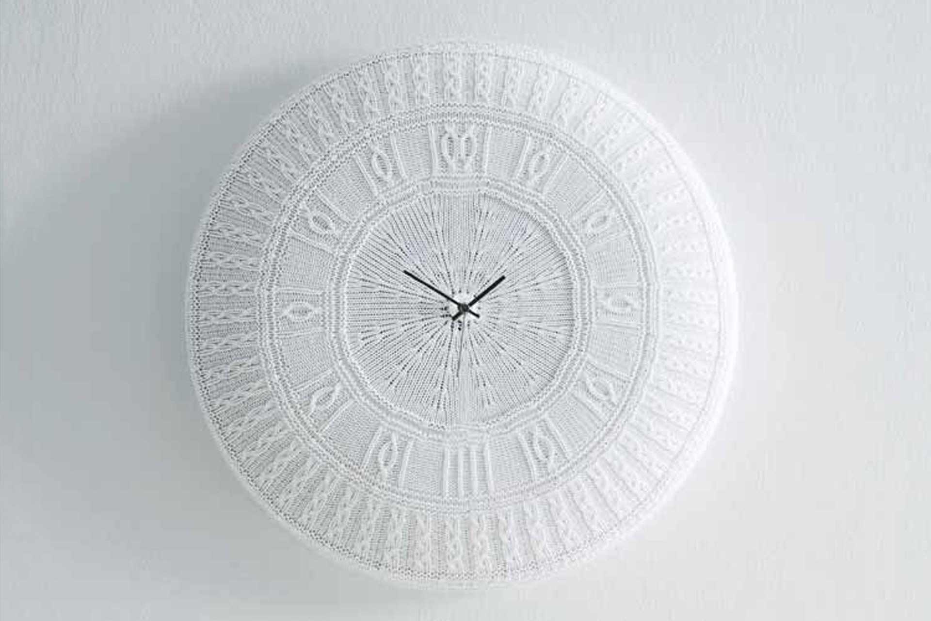 Вязаные часы